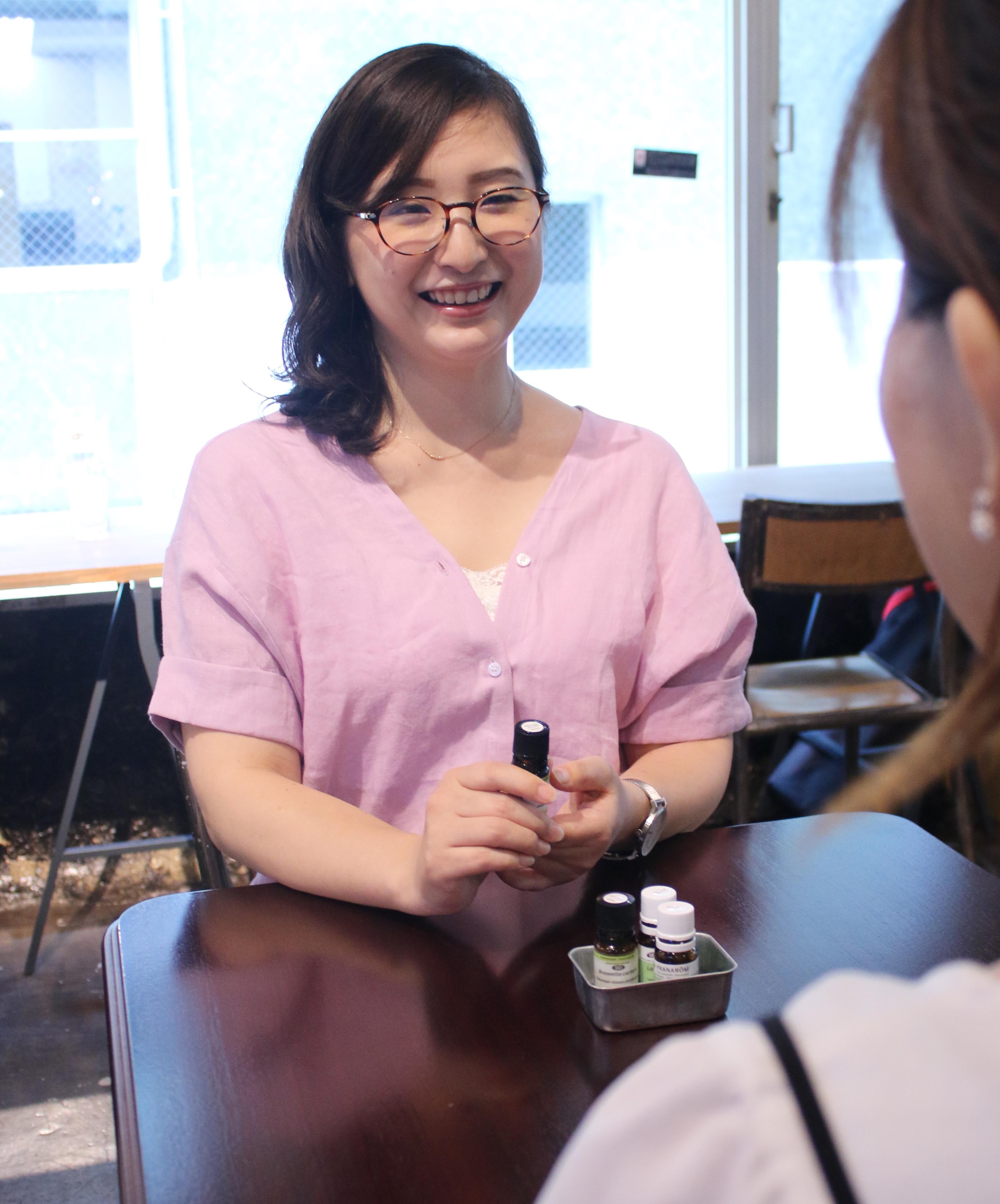 女性起業の相談に乗る吉田あきこ